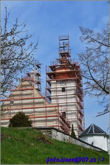 obrázek Opravy kostela Jaro 2014