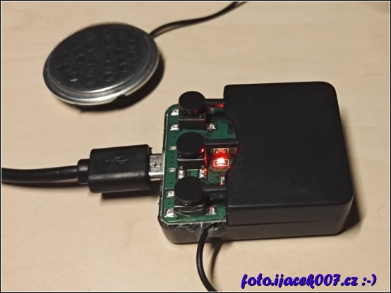 obrázek bluetooth elektronika z cepice