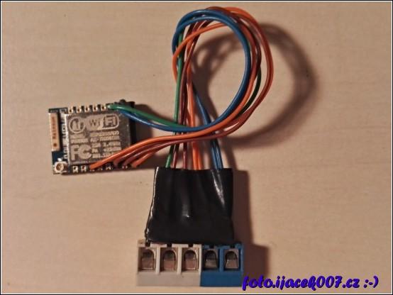 obrázek modul esp8266
