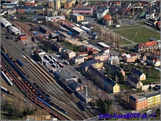 obrázek Nádraží a mikulášská ulice