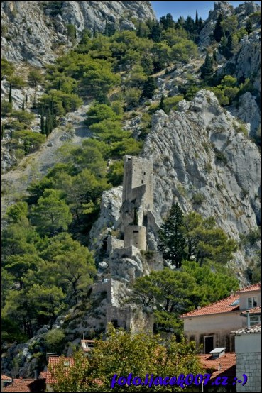 obrázek Starý grad nad Omišem