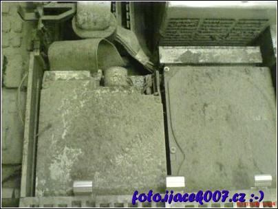 obrázek Mechaniky a hdd pod prachem